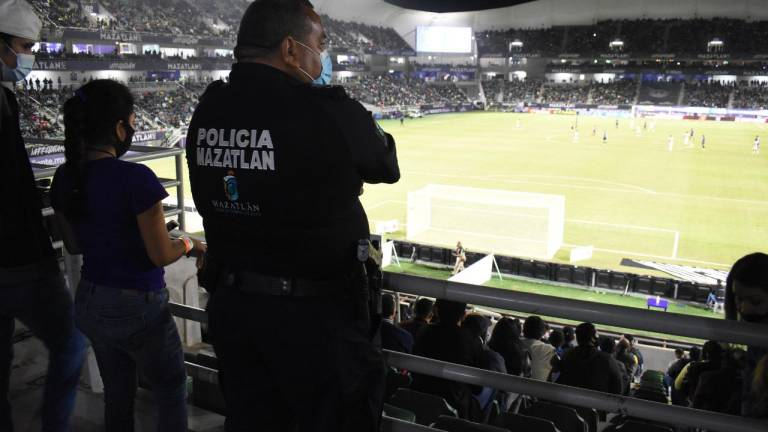 Encounter between Mazatlán FC and América leaves 90 fans arrested